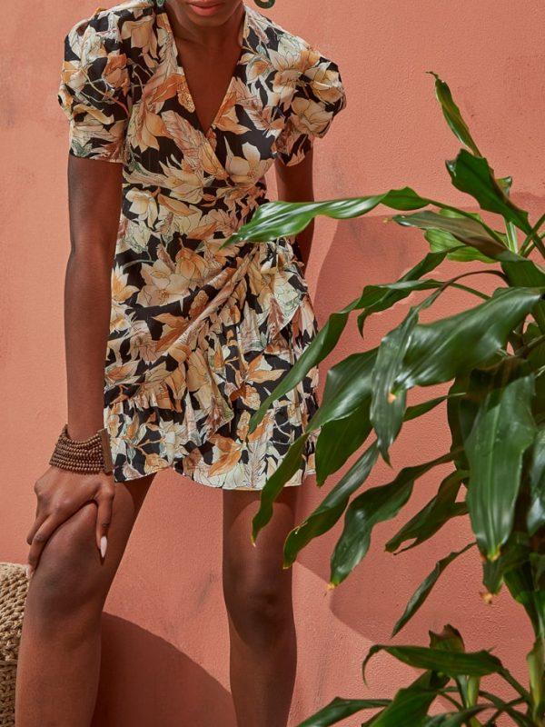 Φόρεμα floral lurex με βολάν