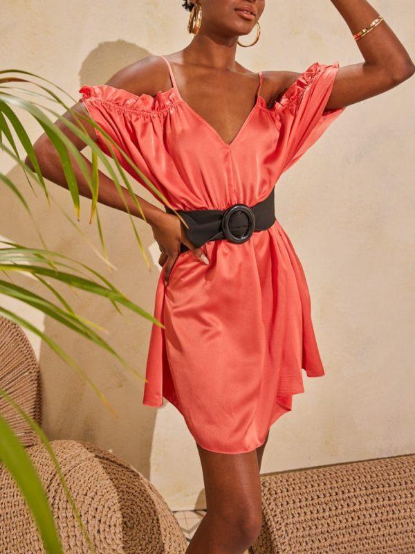 Φόρεμα mini saten με μανίκια