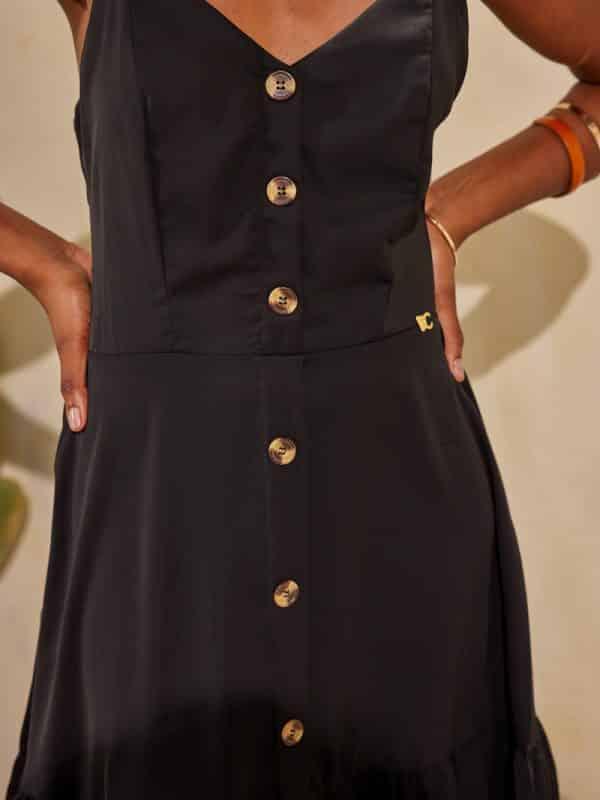 Φόρεμα mini μονόχρωμο με βολάν
