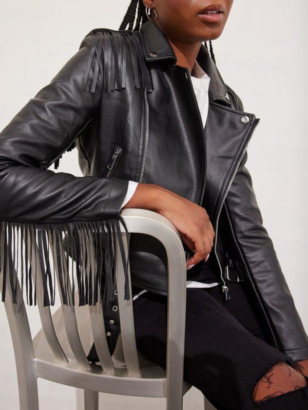 Μπουφάν leather look perfecto με κρόσια
