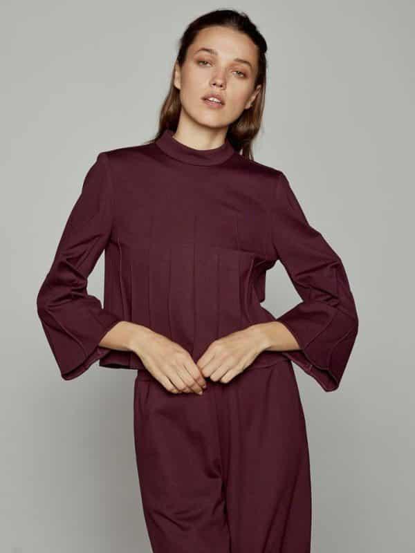 Ελαστική μπλούζα με νερβίρ